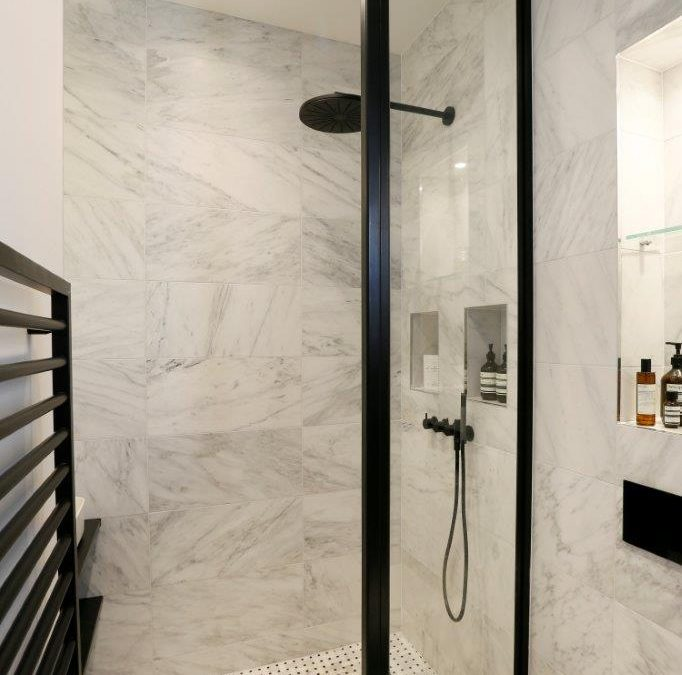 Luxury bathroom style